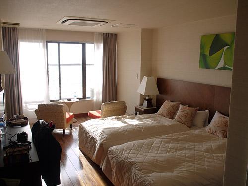 サヤンテラス304号室