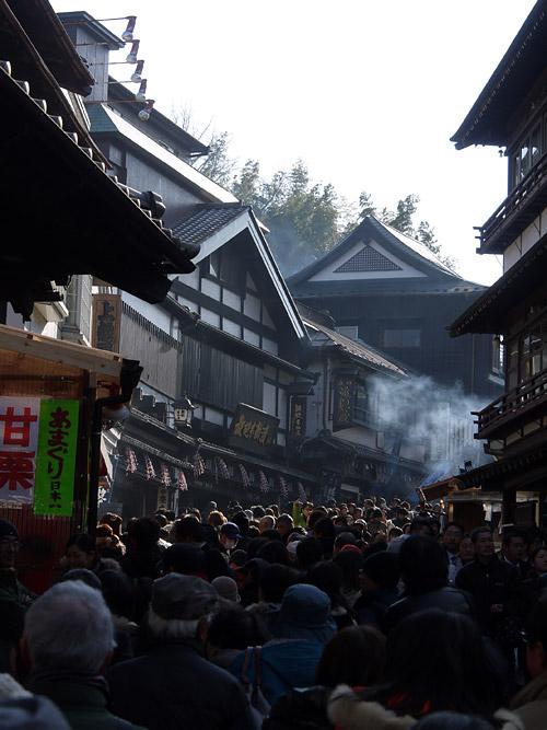 新勝寺参道