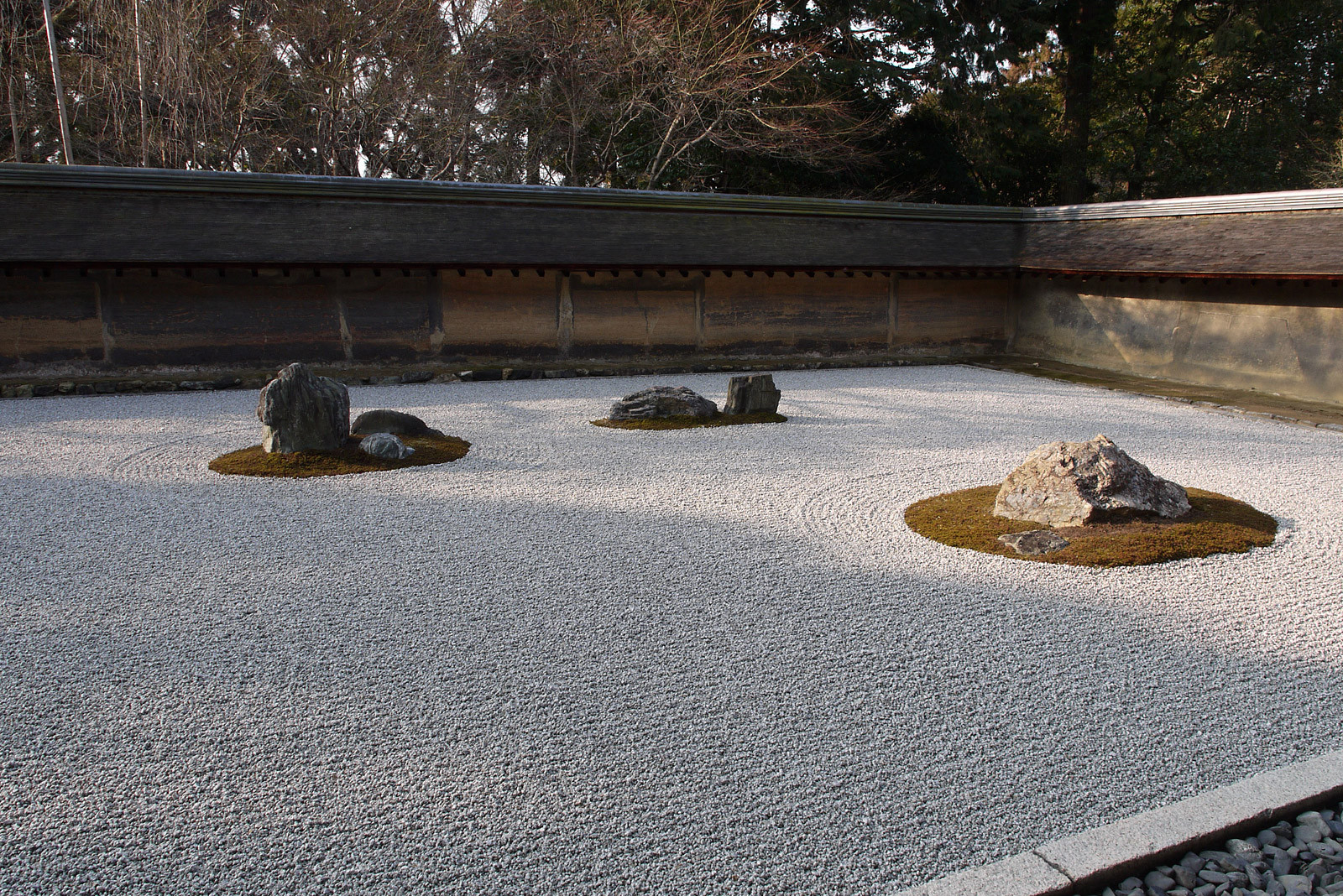 京都庭めぐりの旅 ~ 龍安寺石庭