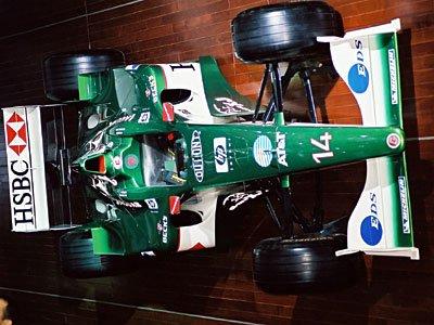 自分もフォードユーザーだし、グリーンのマシンも美しかったのだが…