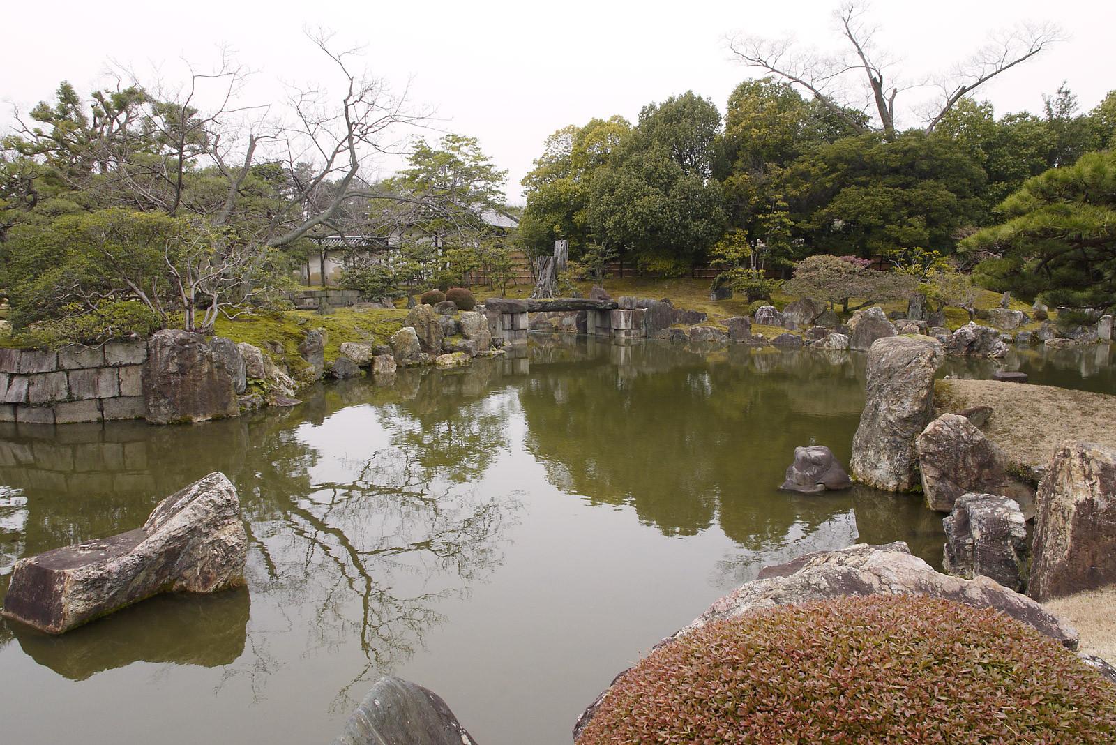 京都庭めぐりの旅 ~ 二条城二の丸庭園