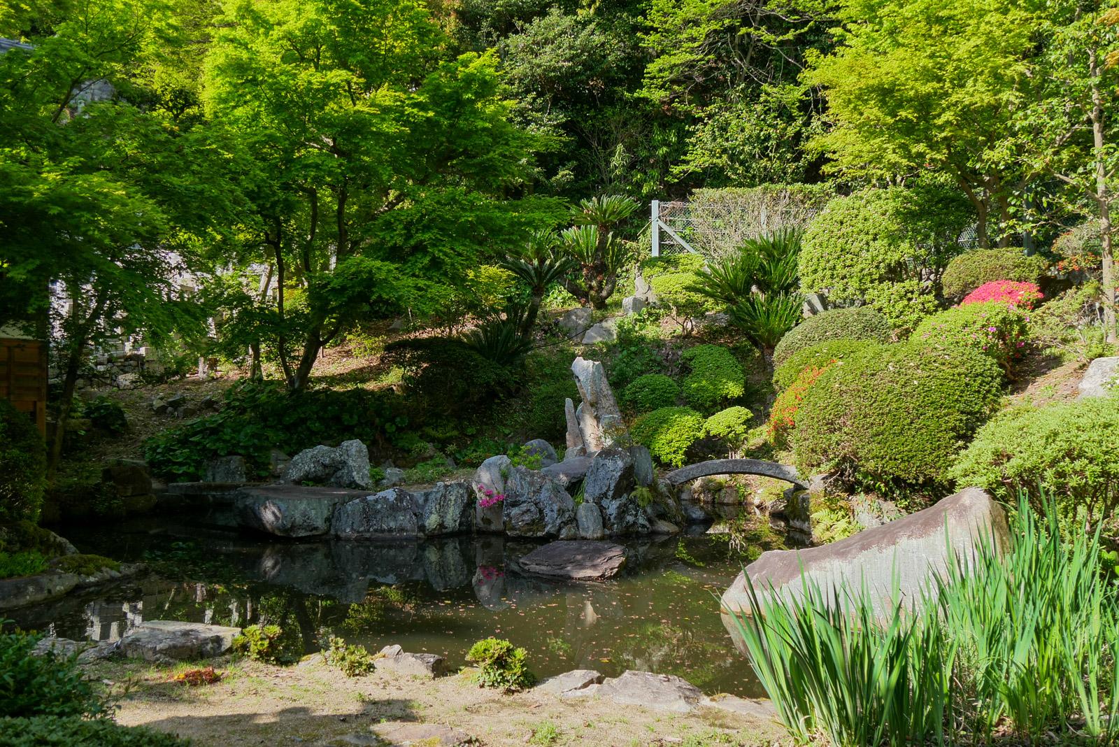 照蓮寺庭園