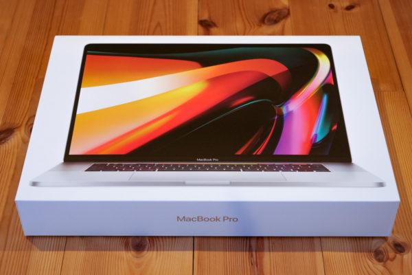 MacBook ProのCTOならヨドバシ?